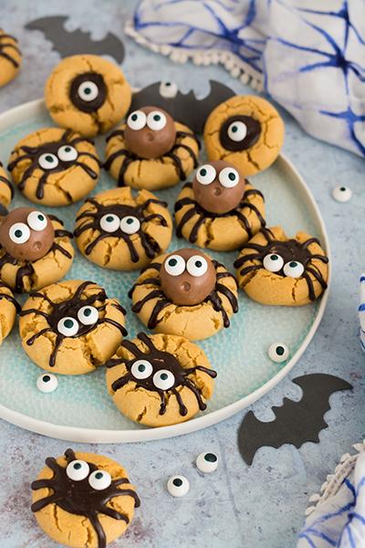 Pók kekszek halloweenre